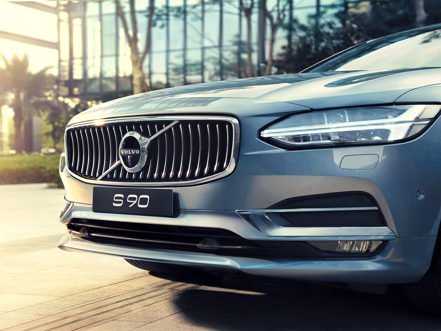 Volvo_S90_Front