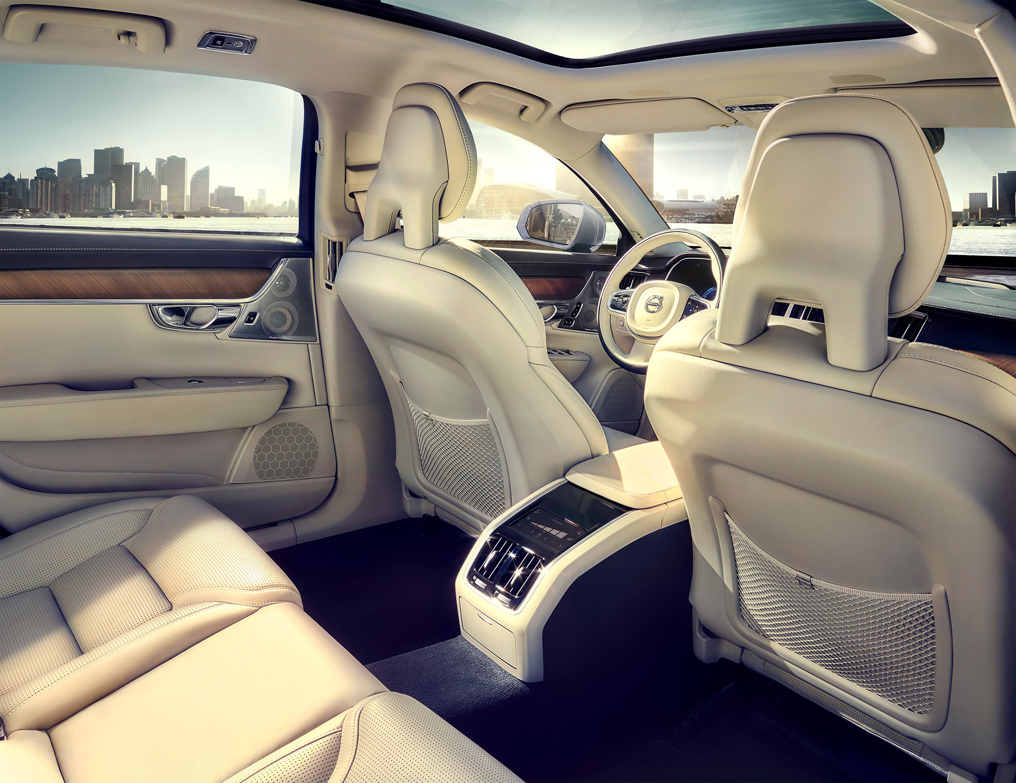 Volvo_S90_Interior_Rear_website